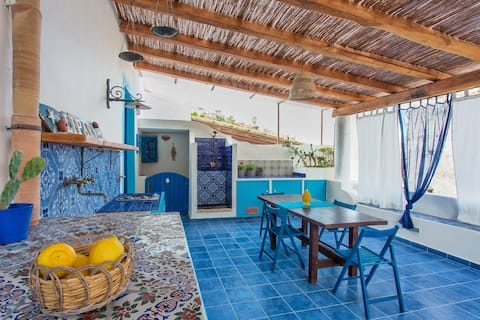 Beach house, resort Canneto
