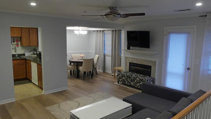 Quiet 2 bed near Red Line Metro - NIH/Walter Reed