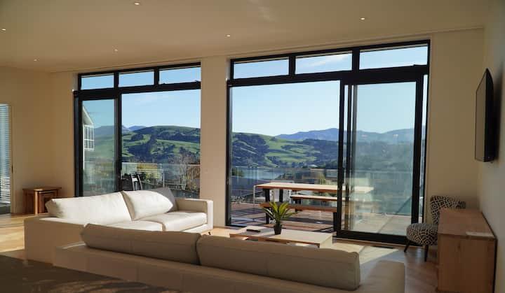 Modern Akaroa Bach with Stunning Views