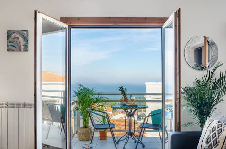 Nazaré Ocean Flat - Private Rooftop Terrace BBQ