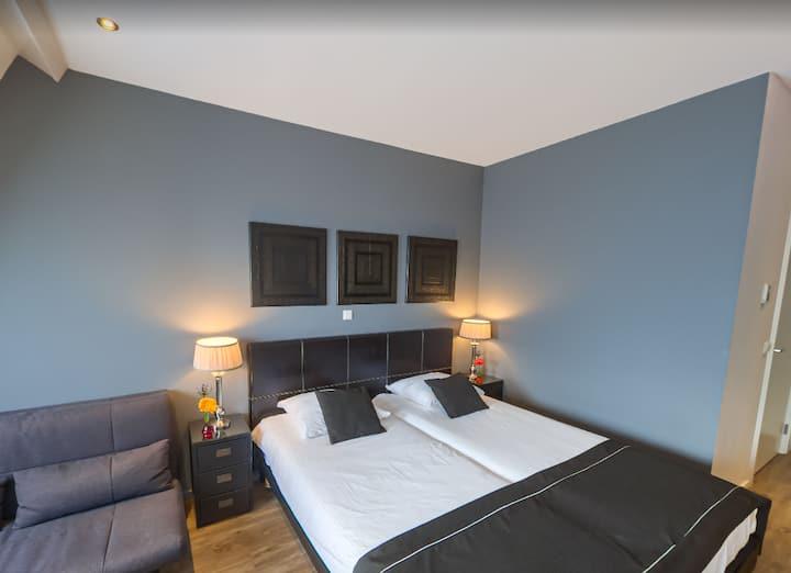 Boutique Twin Hotelroom near Amsterdam/Schiphol