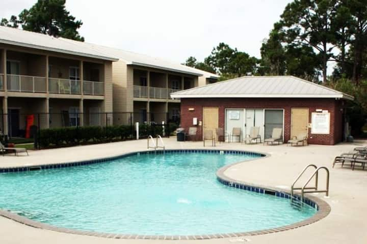 Centrally located Gulf Shores Condo