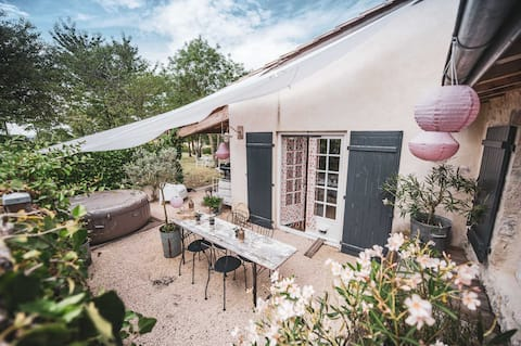 The small house has the countryside huis tuin Spa
