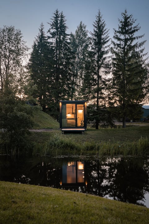 Unique & new Tiny House at Rae Golf Course