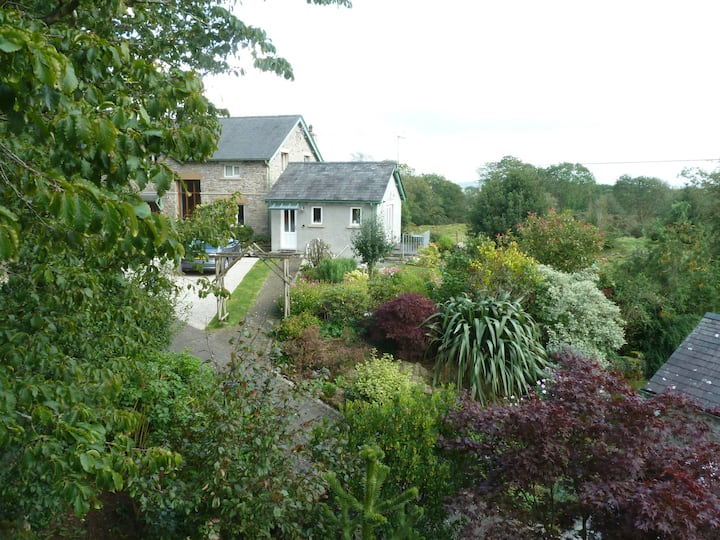 Detached studio in the Lake District with parking.