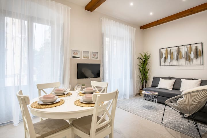 Lovely & Cozy apartment in the heart of Banyoles