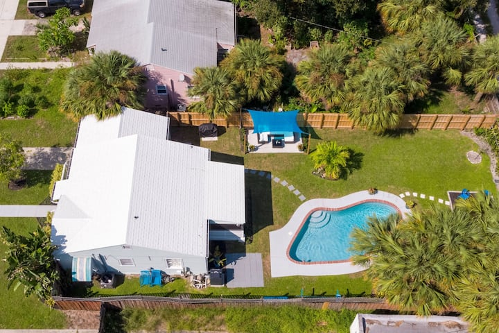 Home w/ pool close to Ocean, Golf and Downtown!