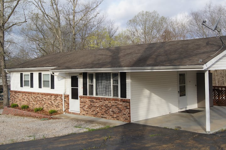 Bluff View Vacation Rentals, 1 of 3