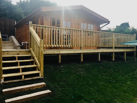 Fully Equipped Private Log Cabin, in Wye Valley.