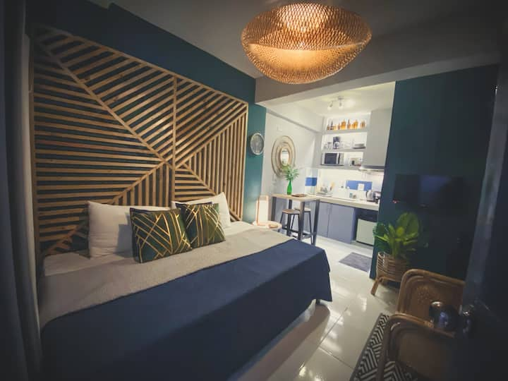 Siargao-themed Budget Studio near Makati/Ortigas