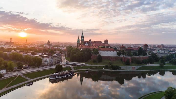 Cracow Riverside - One Bedroom