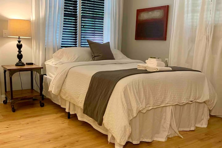 Affordable Room with Resort Amenities!