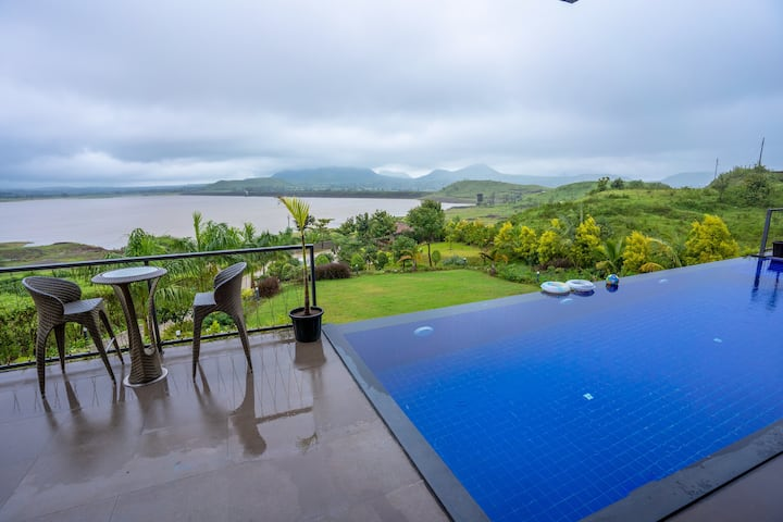 Travalong Paani Farms - 4 BR Infinity Pool Villa