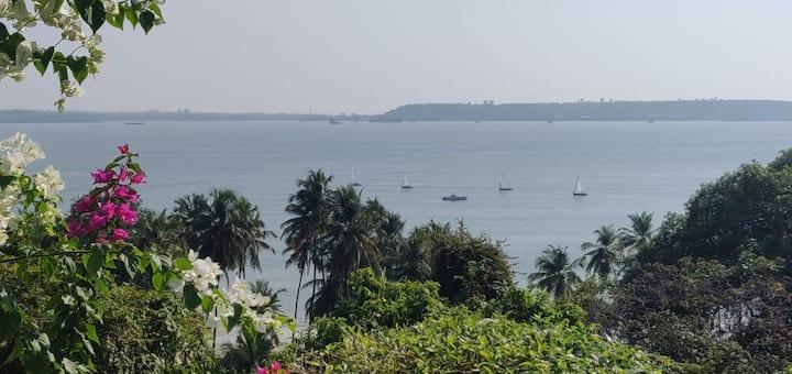 Garden Villa by the Bay