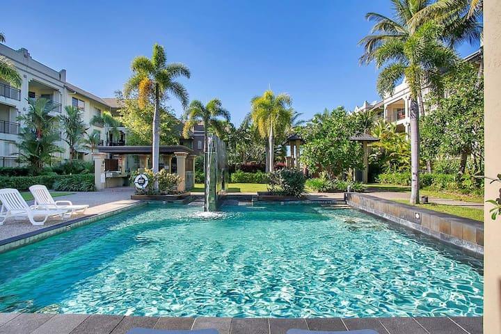 Lush Tropical Resort Amazing Pools & Facilities