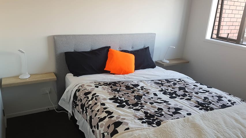 Double room with ensuite in CBD