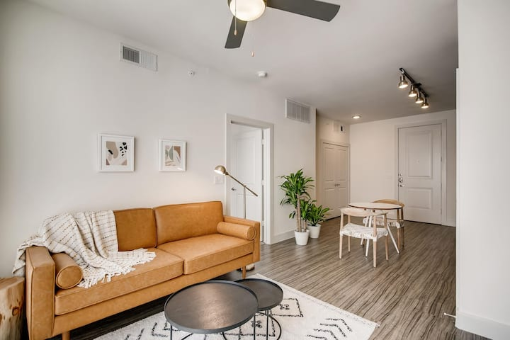 Luxury Corporate Rental Ready for Move In (ATX)!