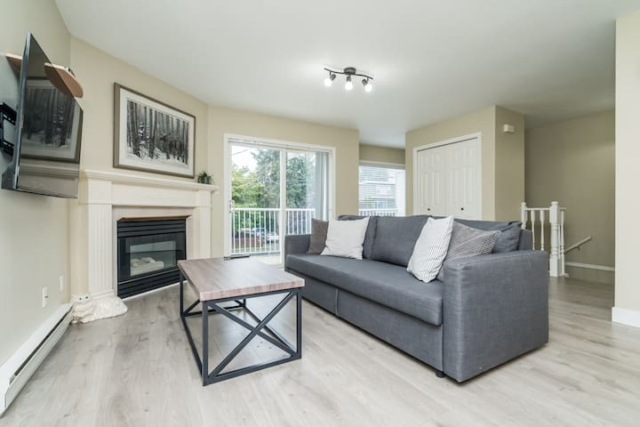 Spacious 2 Bedroom for Comfortable Living!