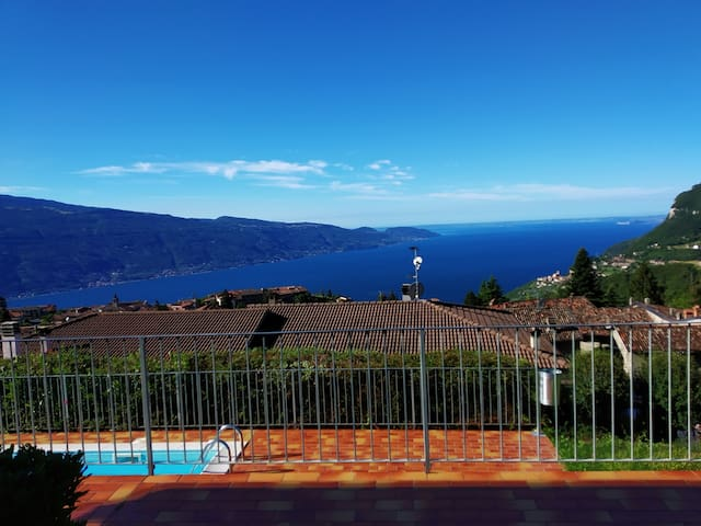 Rita - Panorama Apartment Olzano