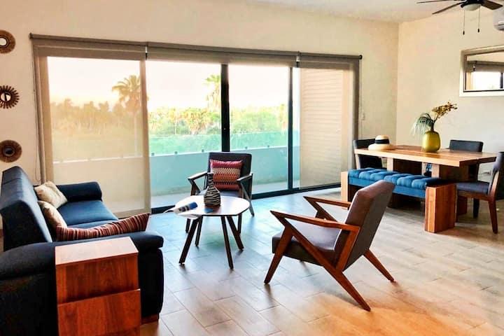 Luxury & Modern Condo with Rooftop Pool (San Jose)