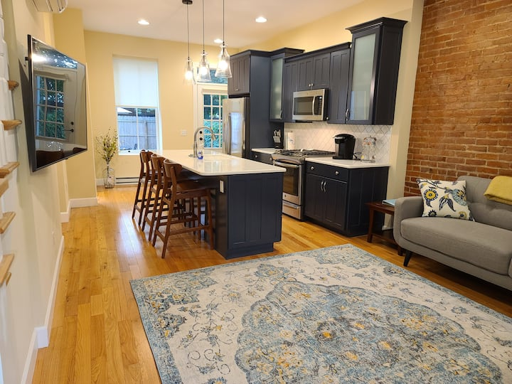 Walk to track&downtown  completely renovated Apt A