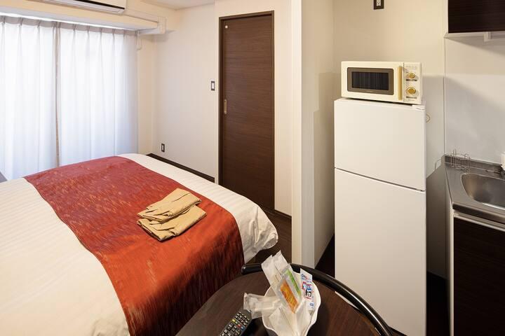 長崎駅徒歩3分!2020年7月新築ホテルの1室☆ダブルベッドタイプ!