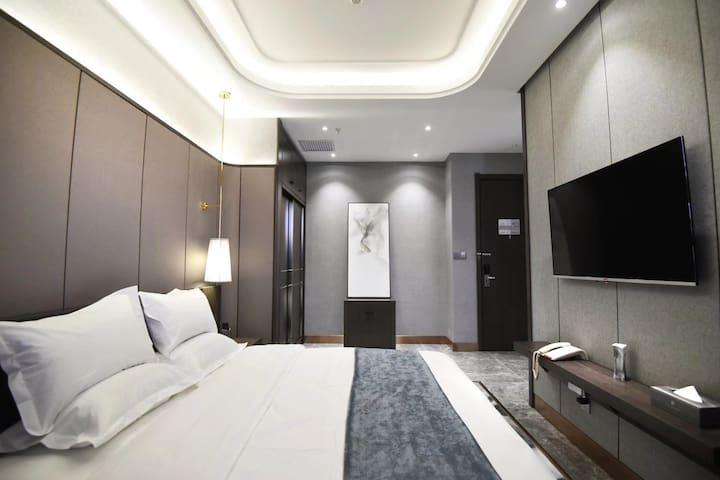 奕丰商务酒店~家庭房