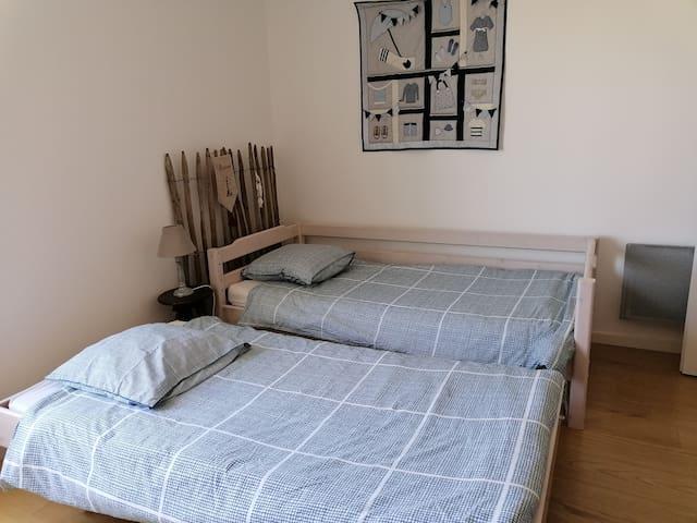 Les 2 lits gigogne
