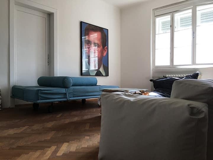 Stylish wohnen im grünen Uni-Geidorf-Villenviertel