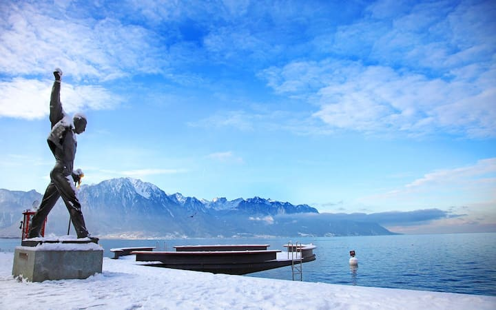 Luxury Montreux Villa: amazing Lake Geneva view