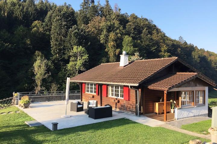 Willkommen im Chalet nahe der Stadt Bern