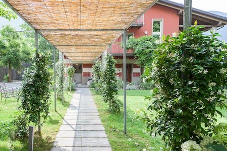 La Noce nel Verde con balcone