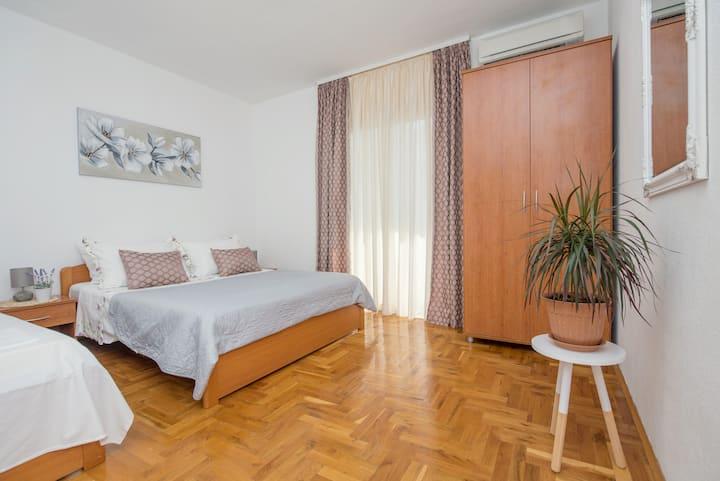 Apartments Šestić AP2+2