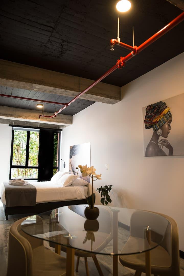 !The Coffee Club 1 Room apartment!