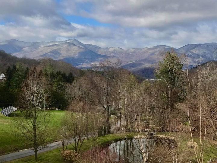 Peace Ridge with Pond & Stunning Mountain Views