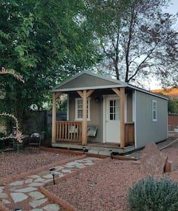 Cozy Cottage on Historic Property