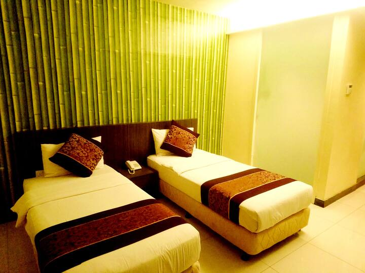 ESQ Shamelin Hotel - Deluxe Twin Room
