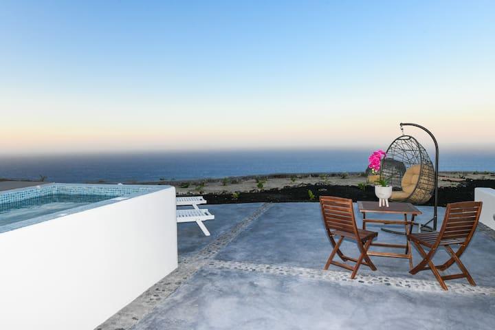 NEW Efis Home - Villa 3 - Sea View & Prive Jacuzzi