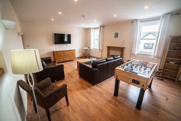 Spacious Central Keswick 3 bed +Sofa bed apartment