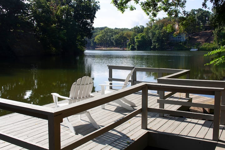 Blue Heron Cove Lakehouse in the Ozarks