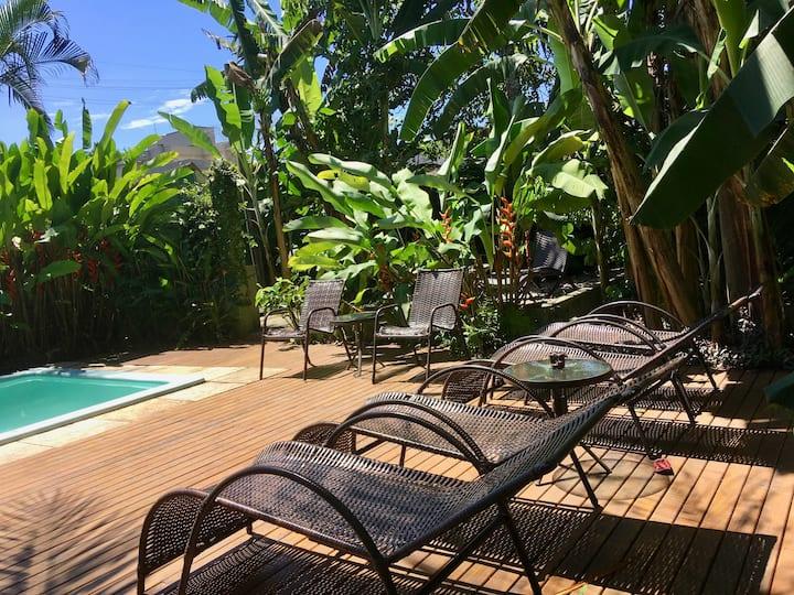 Suíte Banana - Jataí Guest House