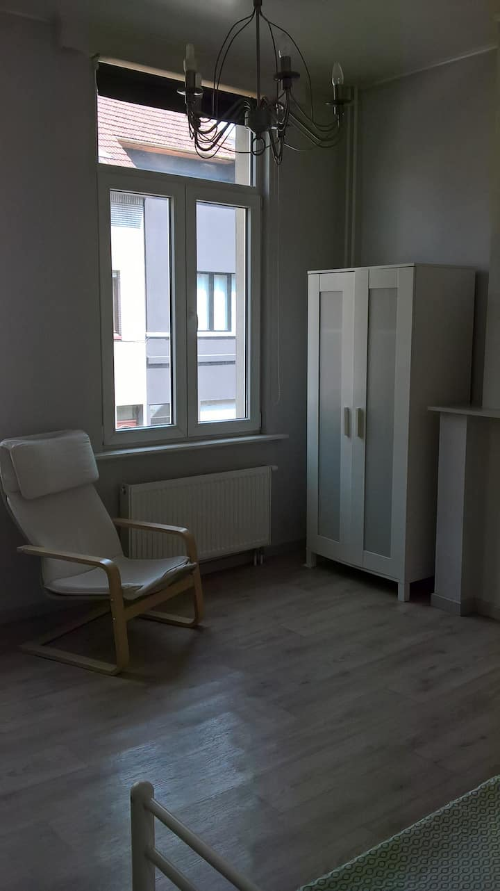 1 room in a students house in Antwerp