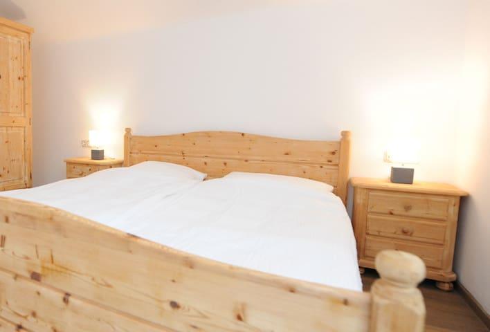 Chalet Gloria - Doppel- bzw. Mehrbettzimmer