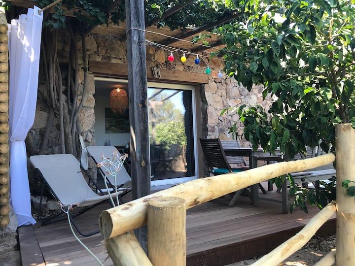 Maison située à 600 m de la plage de Palombaggia