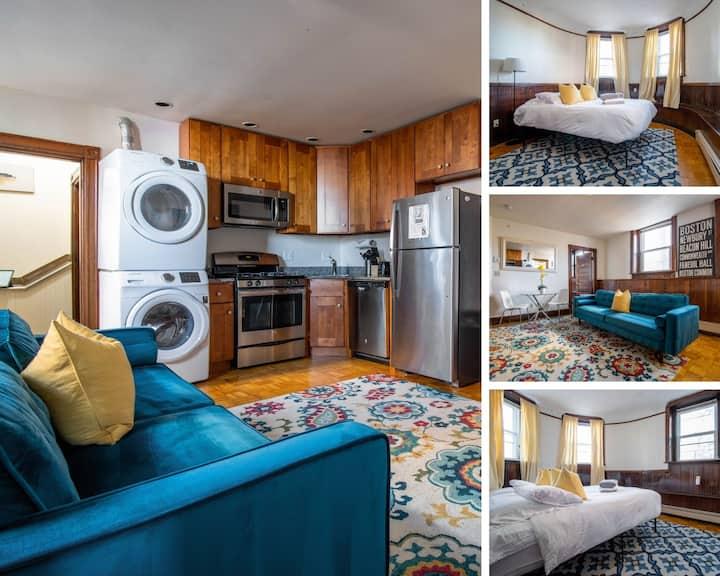 (36B1)  Cute Brookline Village Private Apartment!