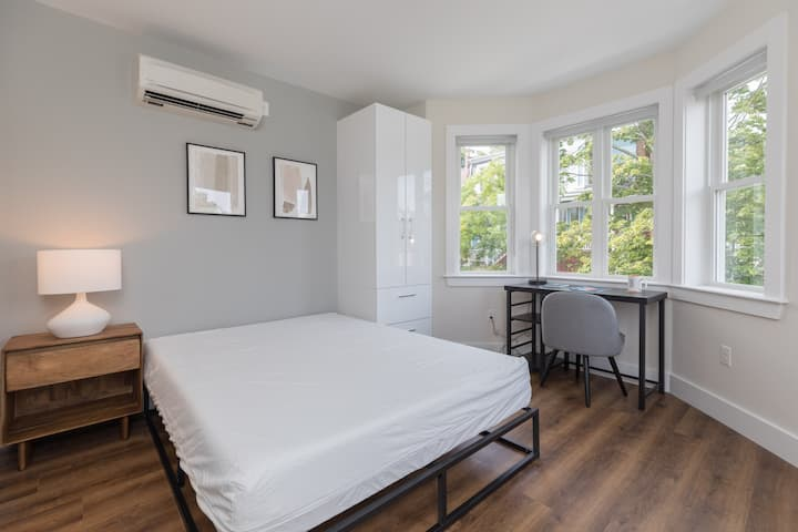 33 Highland 2B | CoLiving | Private BR & BA