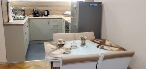 Уютно и удобно място за отдих в центъра на Бургас
