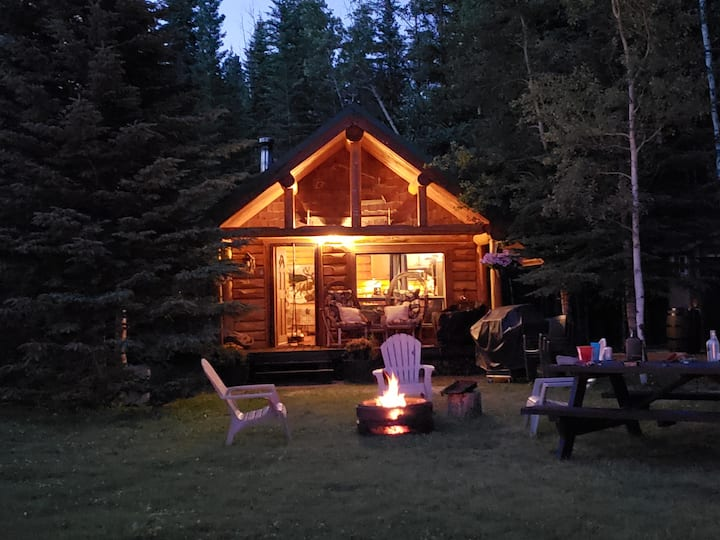 Miette Acres Cozy Cabin