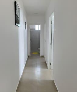 Pasillo de ingreso a las habitaciones