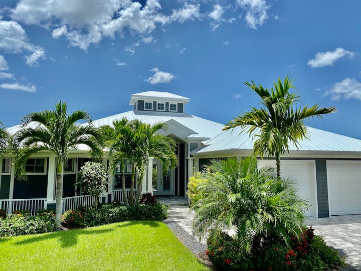 Villa Perfect Life, Neues Haus mit Pool am Wasser